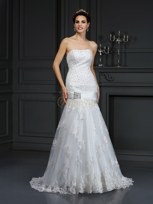 Ivoor Satijn Strapless Strak Medium Sleep Trouwjurken
